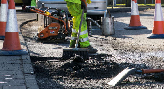08/03/2018 - Repairs to road defects